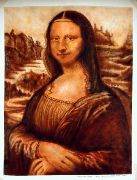 essays on mona lisa Artist veronica for six years, he learned a wide breadth of technical skills, including metalworking, leather arts, carpentry, drawing and sculpting.